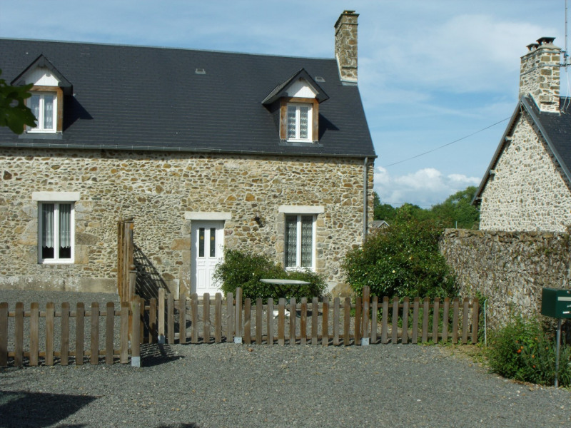 Holiday rentals Montsurvent - Cottage - 3 persons - BBQ - Photo N° 1