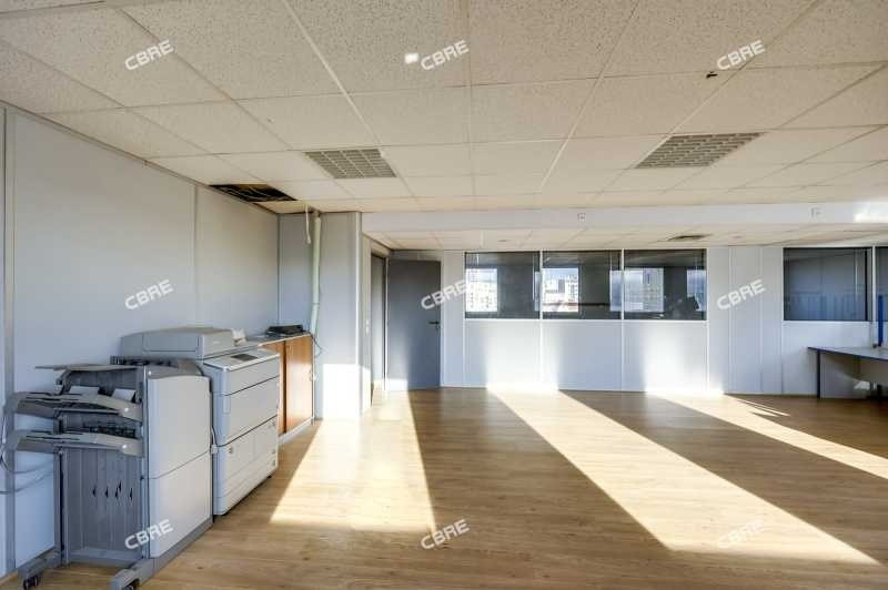 location bureau pantin seine saint denis 93 390 m. Black Bedroom Furniture Sets. Home Design Ideas