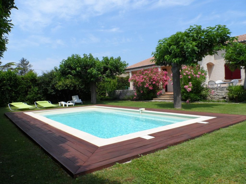 Location vacances Taillades -  Maison - 7 personnes - Barbecue - Photo N° 1