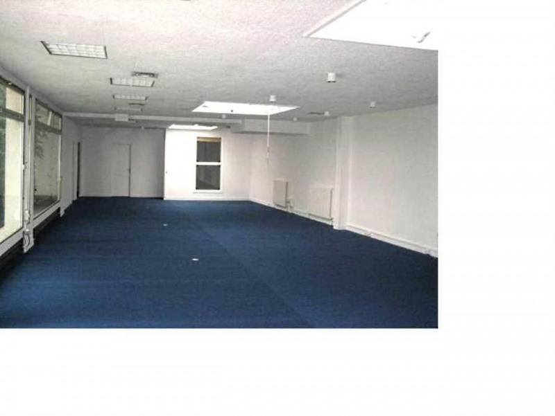 location bureau paris 11 me paris 75 188 m r f rence n 585323. Black Bedroom Furniture Sets. Home Design Ideas