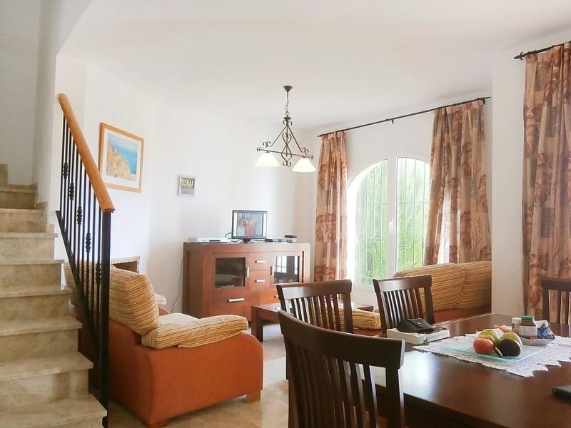 Location vacances Mutxamel -  Maison - 6 personnes - Télévision - Photo N° 1