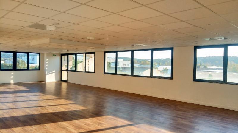 location bureau aix en provence 13100 bureau aix en provence de 111 41 m ref les milles. Black Bedroom Furniture Sets. Home Design Ideas