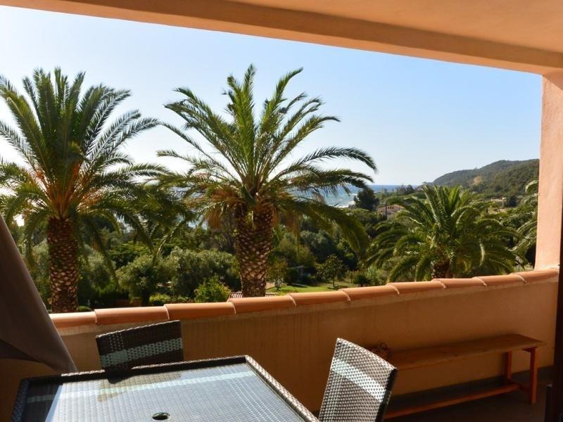 Location vacances Sari-Solenzara -  Appartement - 4 personnes - Climatisation - Photo N° 1