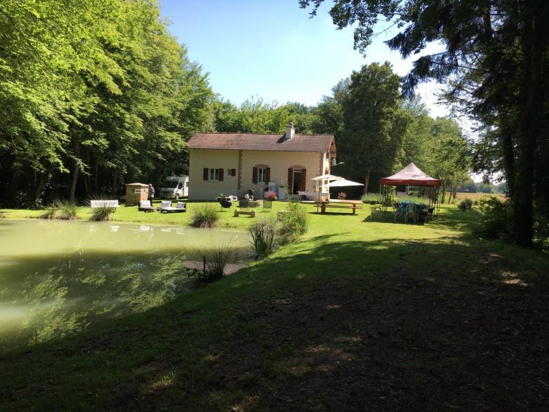 maison isolée, au calme dans les bois, proche Guédelon, Briare, Gien, St Fargeau, repos assuré ou fêtes entre a - Bre...