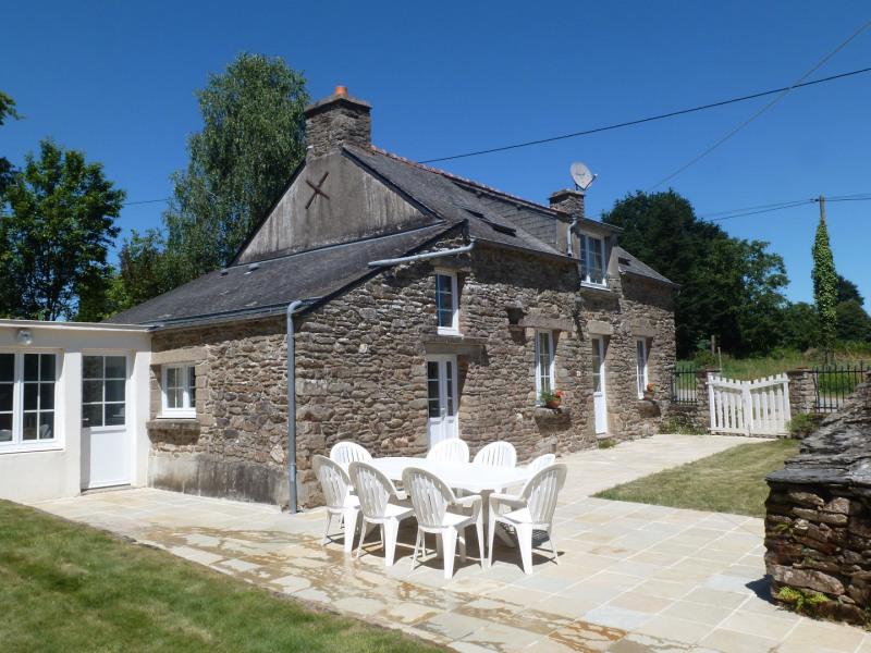 Ker-Maria, PISCINE couverte, , 8pers. près de Rochefort en Terre  village préféré des français, WIFI, Bretagne Morbihan