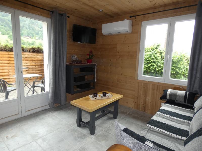 Location vacances Thônes -  Appartement - 4 personnes - Chaise longue - Photo N° 1