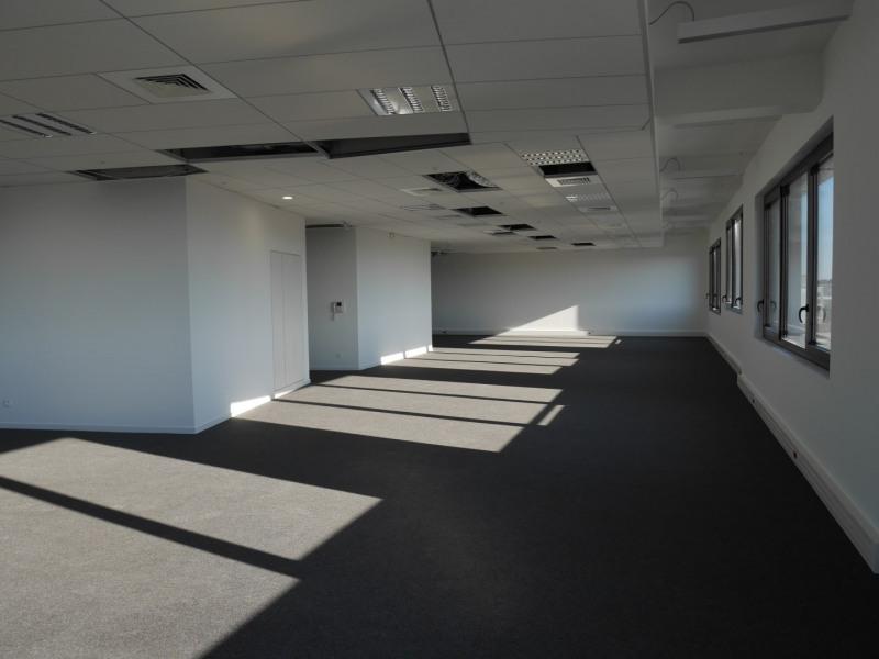 location bureau bordeaux gironde 33 988 m r f rence n. Black Bedroom Furniture Sets. Home Design Ideas