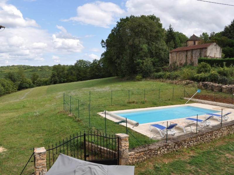 maison de caractère en pleine nature piscine privée 4 km de puyl'évèque