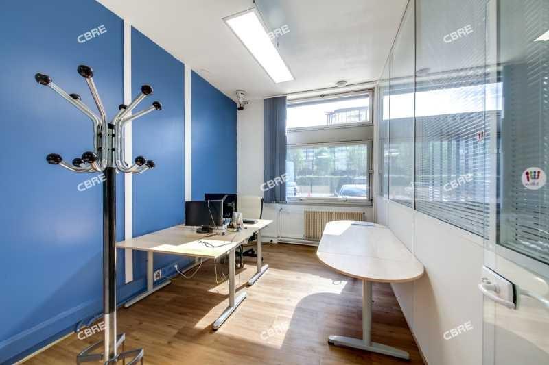 vente bureau la garenne colombes zac de charlebourg. Black Bedroom Furniture Sets. Home Design Ideas