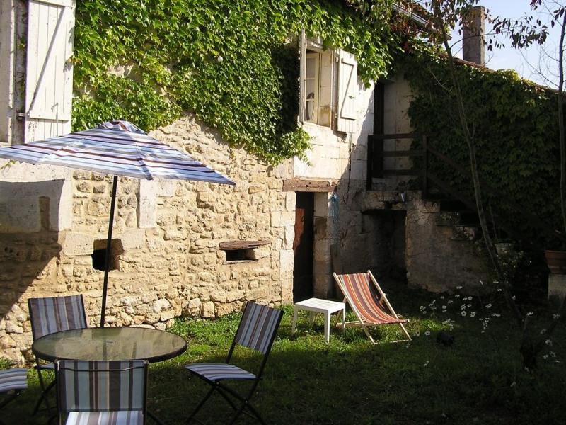 Location vacances Champagne-et-Fontaine -  Gite - 5 personnes - Barbecue - Photo N° 1