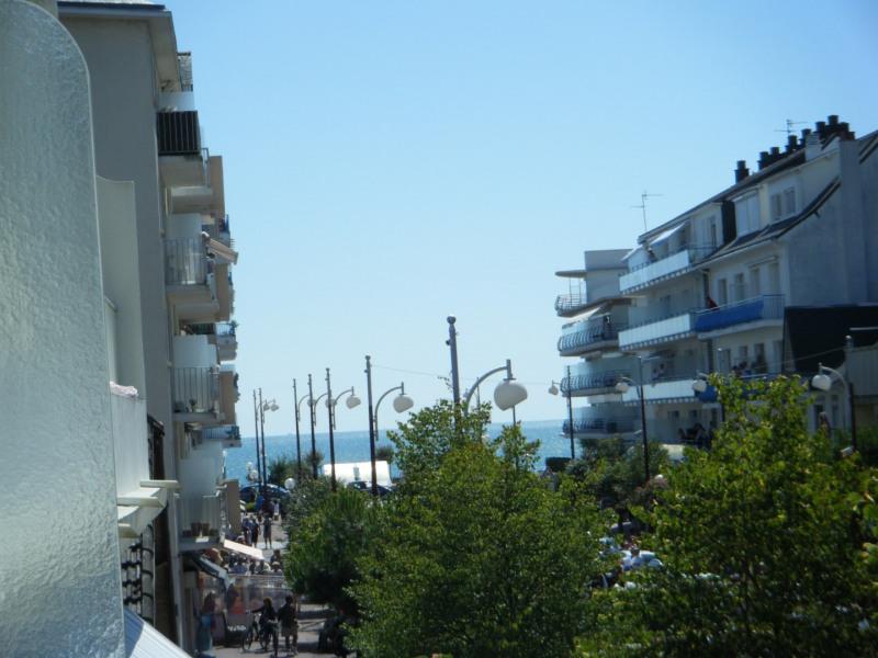 Location vacances La Baule-Escoublac -  Appartement - 4 personnes - Jeux de société - Photo N° 1