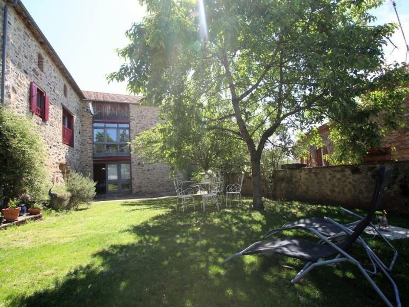 Location vacances Saint-Beauzire -  Maison - 6 personnes - Barbecue - Photo N° 1