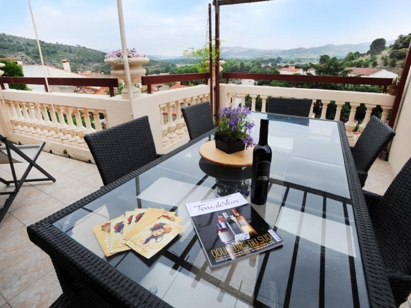 Location vacances Latour-de-France -  Appartement - 6 personnes - Barbecue - Photo N° 1