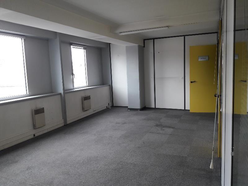 vente bureau clermont ferrand andr theuriet 63000. Black Bedroom Furniture Sets. Home Design Ideas