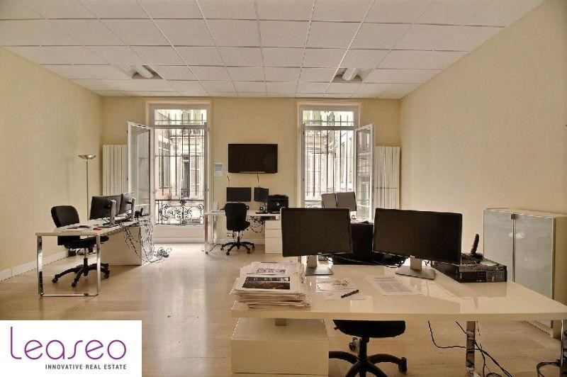 location bureau paris 8 me 75008 bureau paris 8 me de 91 m ref 561sl. Black Bedroom Furniture Sets. Home Design Ideas