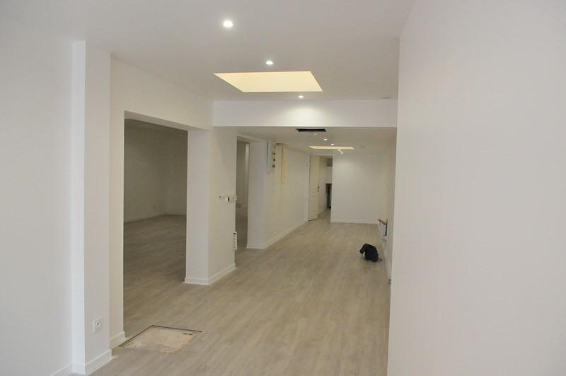 location bureau poissy yvelines 78 160 m r f rence n wi s1493l. Black Bedroom Furniture Sets. Home Design Ideas