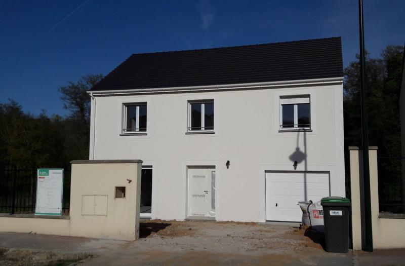Maison  5 pièces + Terrain 473 m² La Queue-en-Brie par Maison Familiale LA VILLE DU BOIS