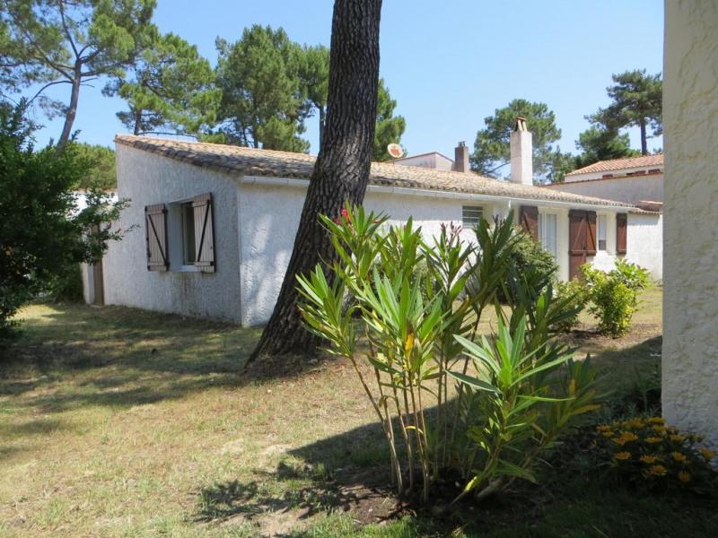 Location vacances Les Mathes -  Maison - 6 personnes - Court de tennis - Photo N° 1