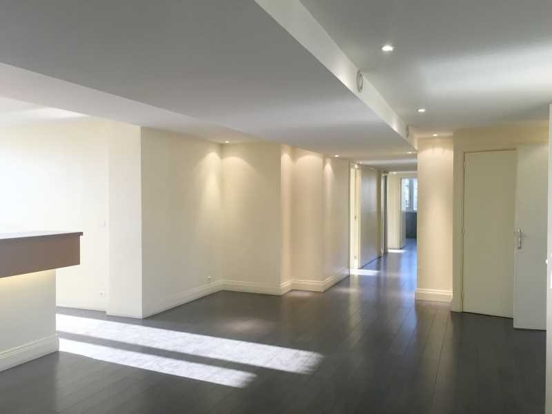 vente bureau le cannet alpes maritimes 06 120 m r f rence n 491834. Black Bedroom Furniture Sets. Home Design Ideas