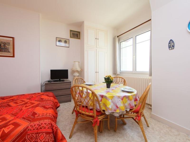 Location vacances Cabourg -  Appartement - 2 personnes - Télévision - Photo N° 1