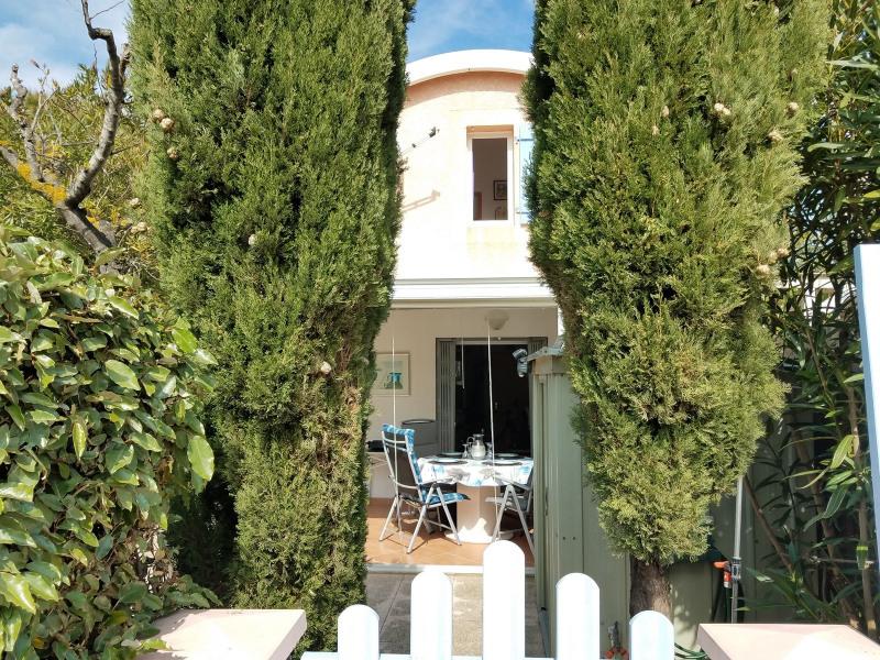 GRUISSAN / Pavillon avec 3 chambres et véranda