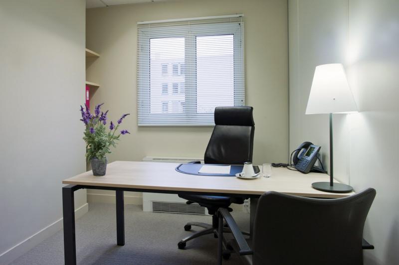 location coworking paris 8 me europe 75008 espace de coworking louer paris 8 me europe. Black Bedroom Furniture Sets. Home Design Ideas