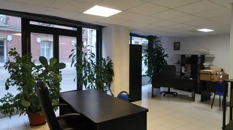vente bureau la garenne colombes hauts de seine 92 158 m r f rence n 687469. Black Bedroom Furniture Sets. Home Design Ideas