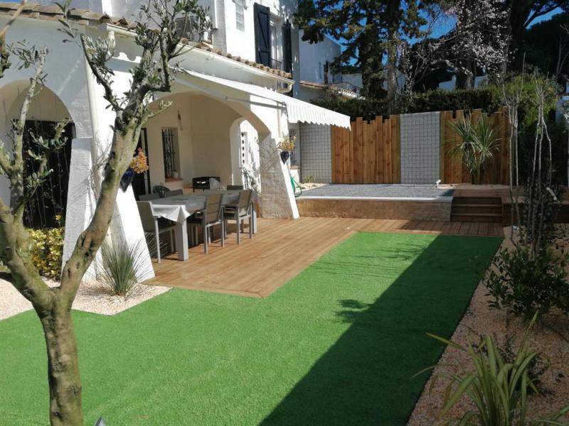 la terrasse avec jardin arboré