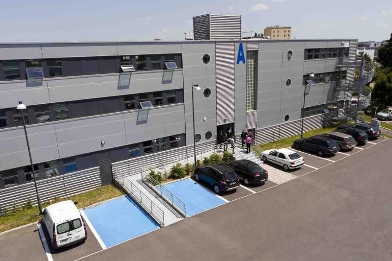Location bureau ivry sur seine val de marne 94 403 m r f rence n 133578 - Location bureau val de marne ...