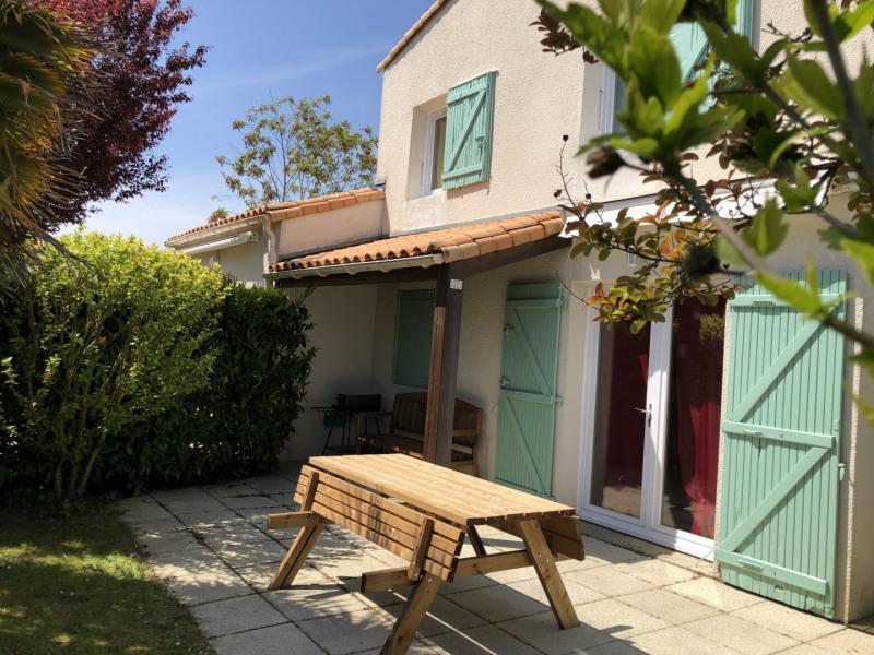 Location vacances Saint-Vincent-sur-Jard -  Maison - 5 personnes - Barbecue - Photo N° 1