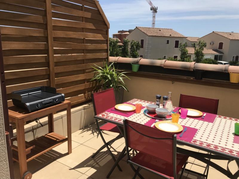 Location vacances Narbonne -  Appartement - 3 personnes - Salon de jardin - Photo N° 1