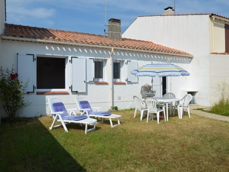 Location vacances Saint-Gilles-Croix-de-Vie -  Maison - 4 personnes - Jardin - Photo N° 1