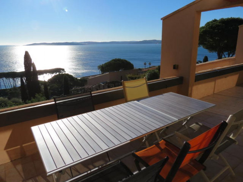 Location vacances Sainte-Maxime -  Appartement - 5 personnes - Chaise longue - Photo N° 1