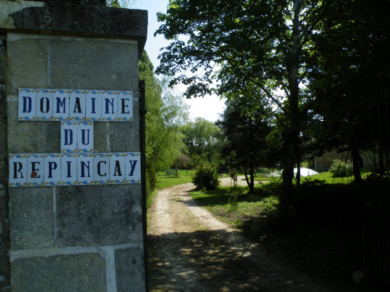 Location vacances La Celle-Guenand -  Gite - 32 personnes - Barbecue - Photo N° 1