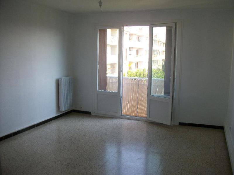 Location Appartement 3 Pièces Salon-De-Provence - Appartement F3/T3