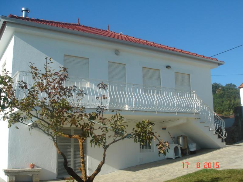 Location vacances Marinhas -  Maison - 9 personnes - Barbecue - Photo N° 1