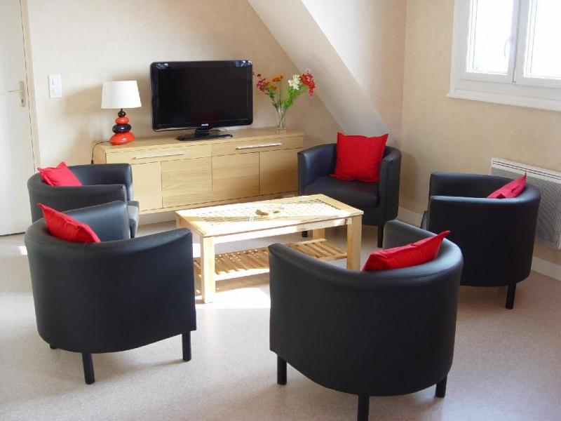Location vacances Cancale -  Appartement - 5 personnes - Salon de jardin - Photo N° 1