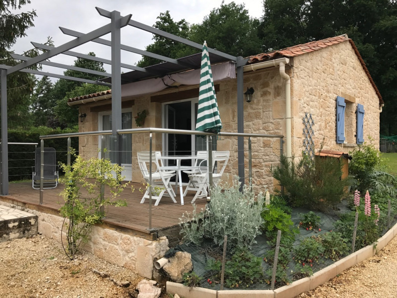 Le Gîte , et sa terrasse