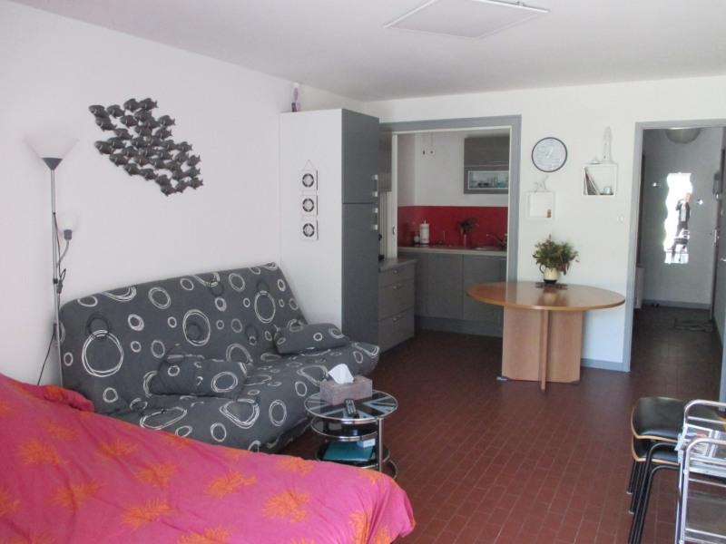 Location vacances La Barre-de-Monts -  Appartement - 2 personnes - Salon de jardin - Photo N° 1