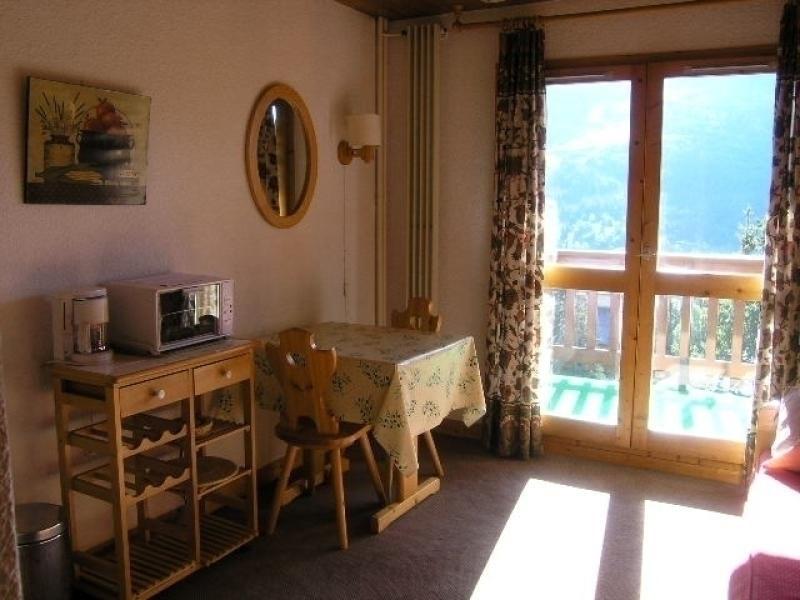 Location vacances Les Allues -  Appartement - 2 personnes - Télévision - Photo N° 1
