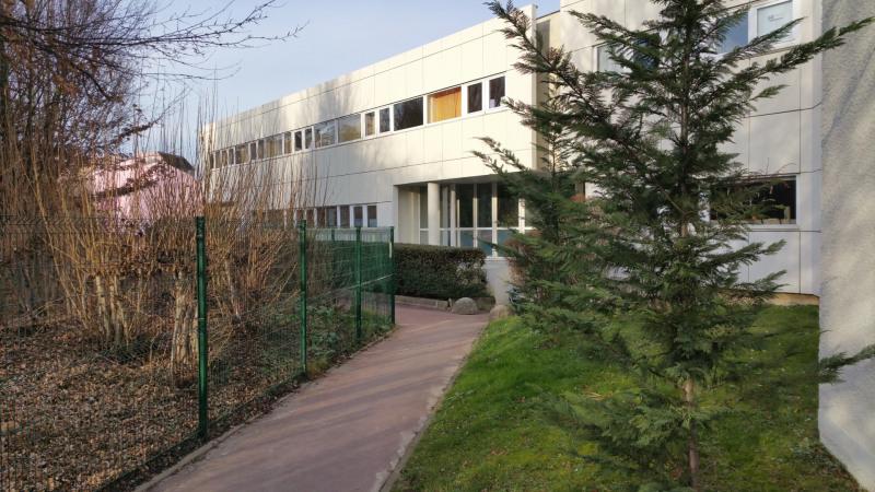 Location Local d'activités / Entrepôt Noisiel