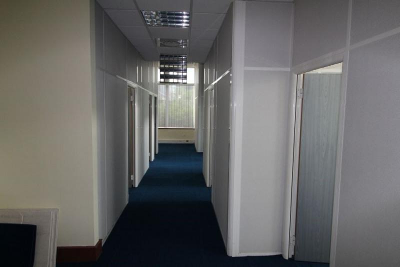 vente bureau noisy le grand 93160 bureau noisy le grand de 147 m ref 93 0697. Black Bedroom Furniture Sets. Home Design Ideas