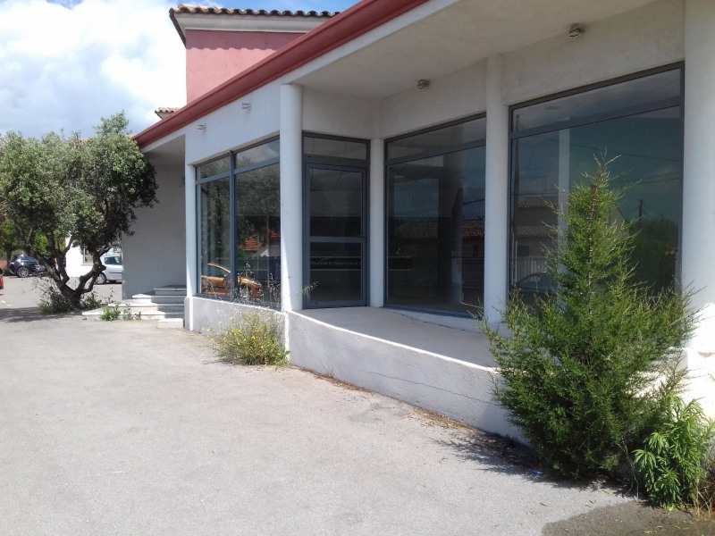 Location Local commercial Marignane