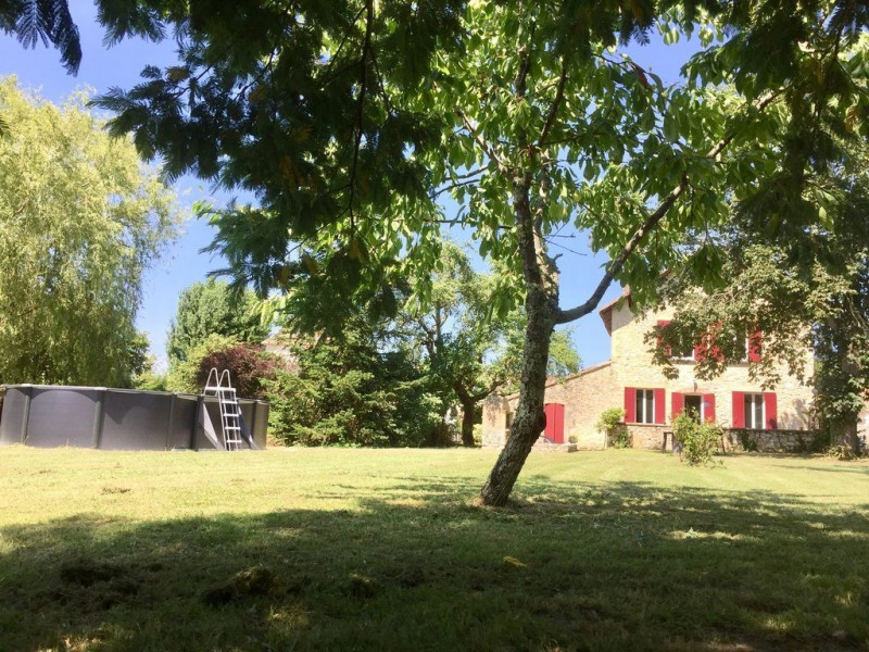 Location vacances Thénac -  Gite - 4 personnes - Barbecue - Photo N° 1