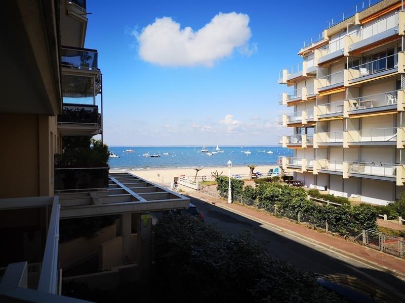 Appartement de type 2 plage au pied de la résidence et proche du centre
