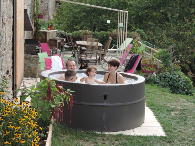 Gîte pour 6 personnes idéal pour famille avec des jeunes enfants, l'Ardèche au vert, entre châtaigniers et rivières !...