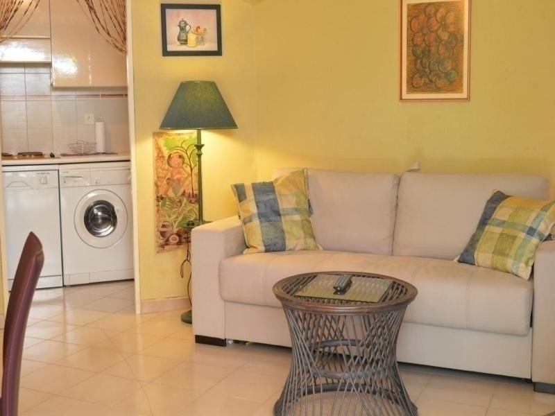 Appt Studio 3 couchages ST RAPHAEL