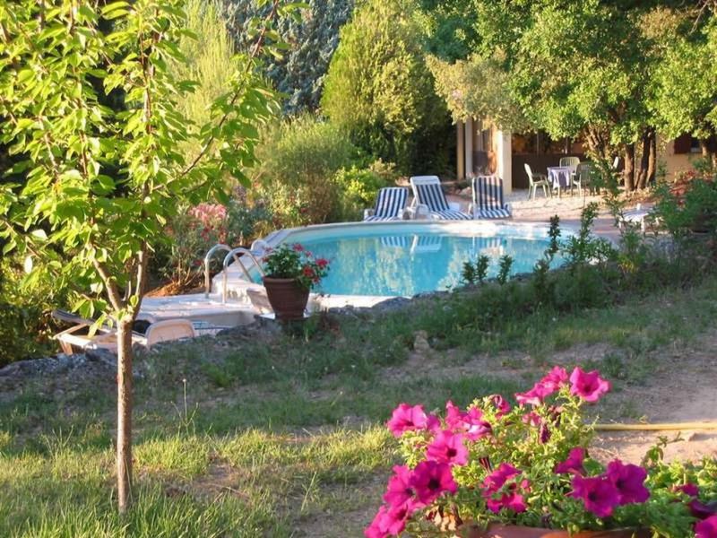 Location vacances Entrecasteaux -  Maison - 4 personnes - Barbecue - Photo N° 1