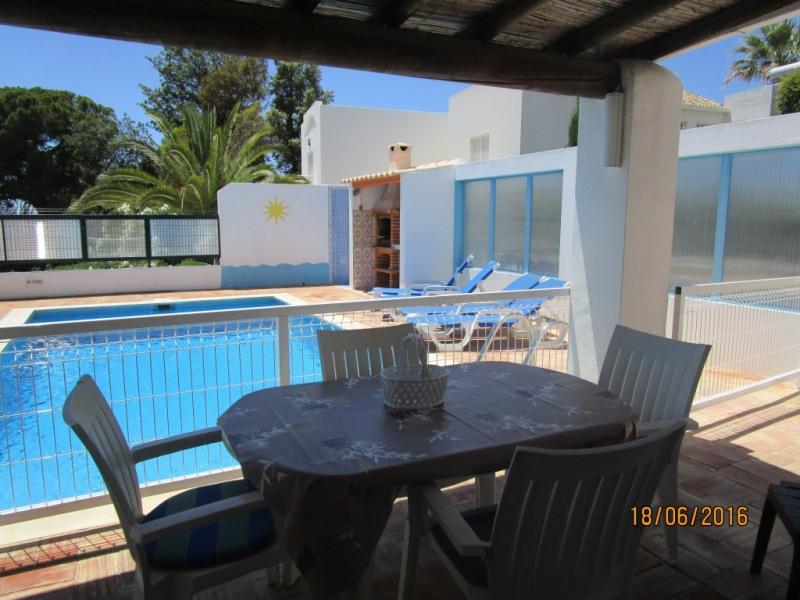 Villa avec piscine et jardin Privé et cloturé