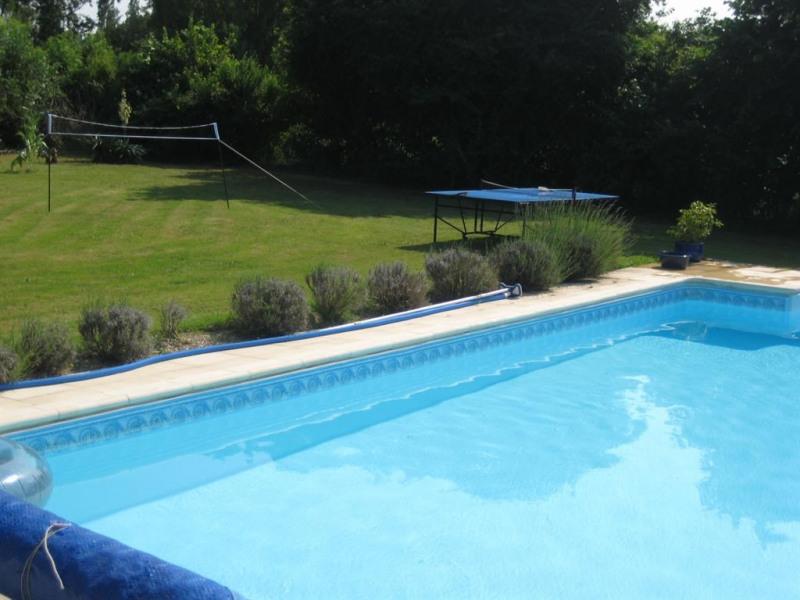 Studio pour 4 pers. avec piscine, Rochefort